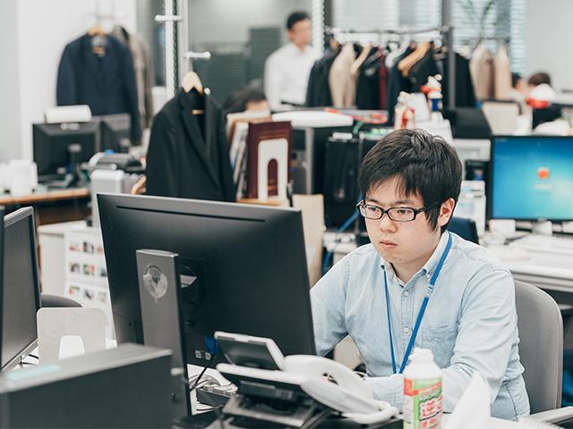アーティスホールディングス 株式会社/【プロジェクトマネージャー】自社サービス開発!残業20時間/月程度