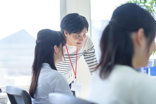 ファーストアカウンティング 株式会社/【急拡大中のAIスタートアップ】役員のアシスタントとして営業活動支援を担う2人目の秘書を募集!営業事務経験を活かせます。