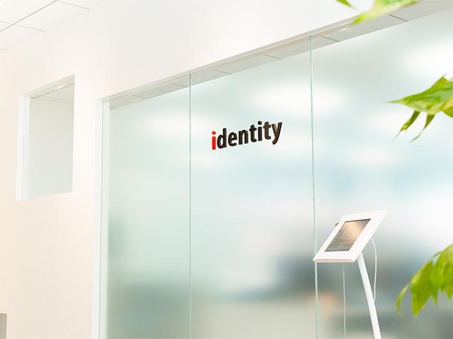 株式会社 アイデンティティー/【大型資金調達済み!ベストベンチャー100選出企業】あなたの手で、一緒に仲間を増やしませんか?