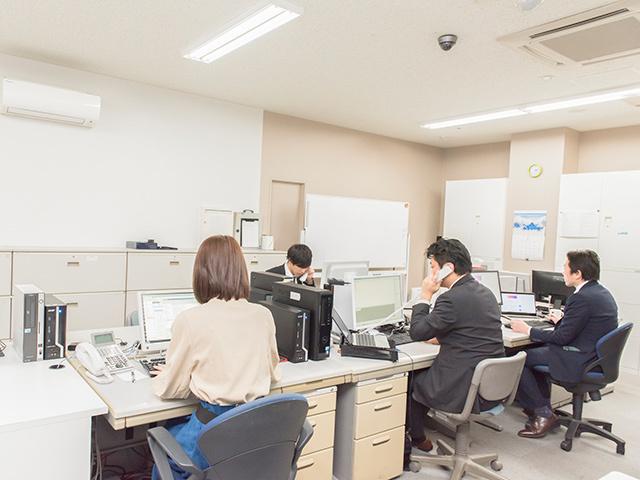 株式会社 コメ兵/【社内SE】残業は月10時間程度!システム企画に携わります