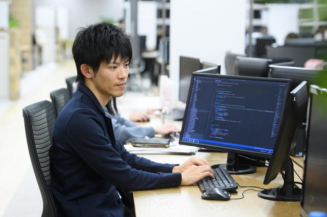 株式会社 イトクロ/【webエンジニア(マネージャー候補/大阪勤務)】教育に特化した自社メディアを持つ上場企業でエンジニアスキルを活かして、新規・既存事業をグロースさせていきませんか?